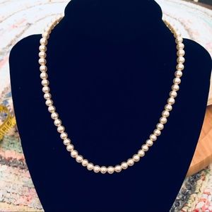 Vintage Strand Of Pearls 16 Inches Long. Beautiful